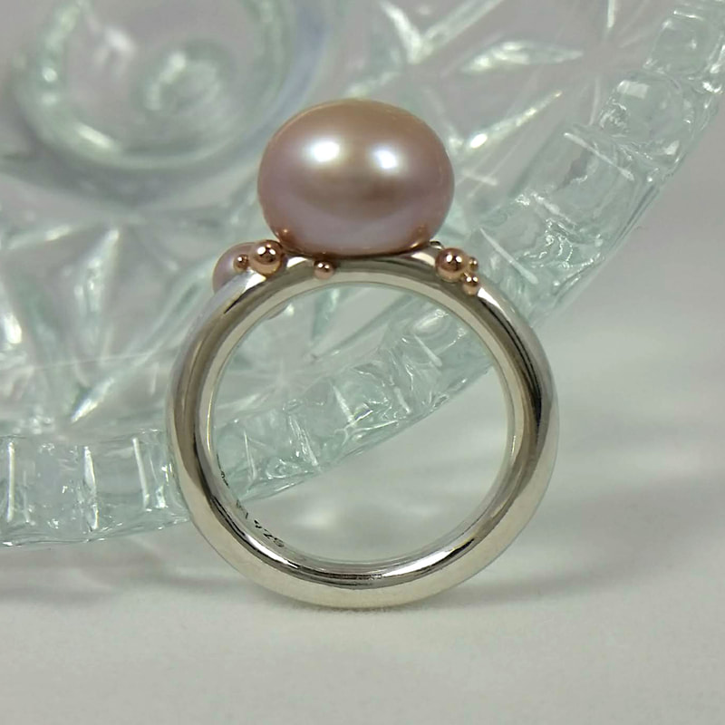 Sea foam ring 14K red gold balls sterling silver round shank pink pearls € 295,- Daphne Meesters Jewellery  Designer Goldsmith The Hague Netherlands