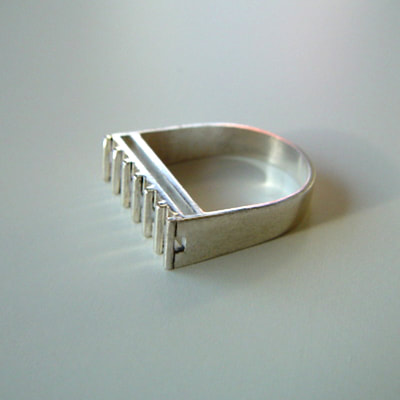 Skyscraper contemporary architectural square ring sterling silver shiny finish Daphne Meesters Jewellery Designer Goldsmith The Hague Netherlands